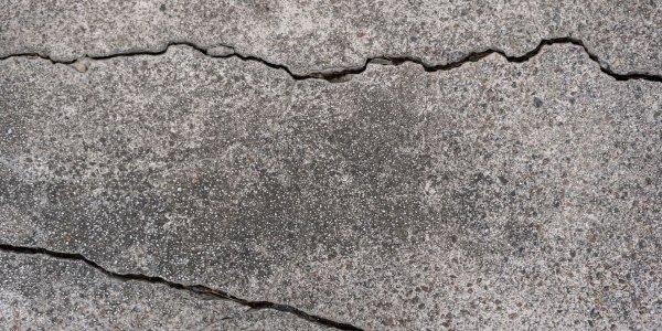 Comment réparer facilement et efficacement les fissures de crépis ?