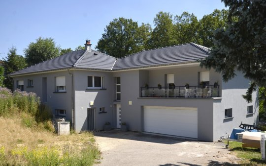 isolation façade enduit gris golbey