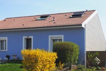 isolation façade enduit bleu blanc golbey