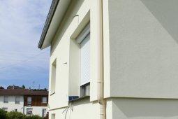 isolation façade enduit blanc arches